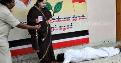 """""""அடிமைப்புத்தி கொண்ட மந்தைக் கூட்டத்துக்கு சர்வாதிகாரி தான் தேவைப்படுவார்!"""""""